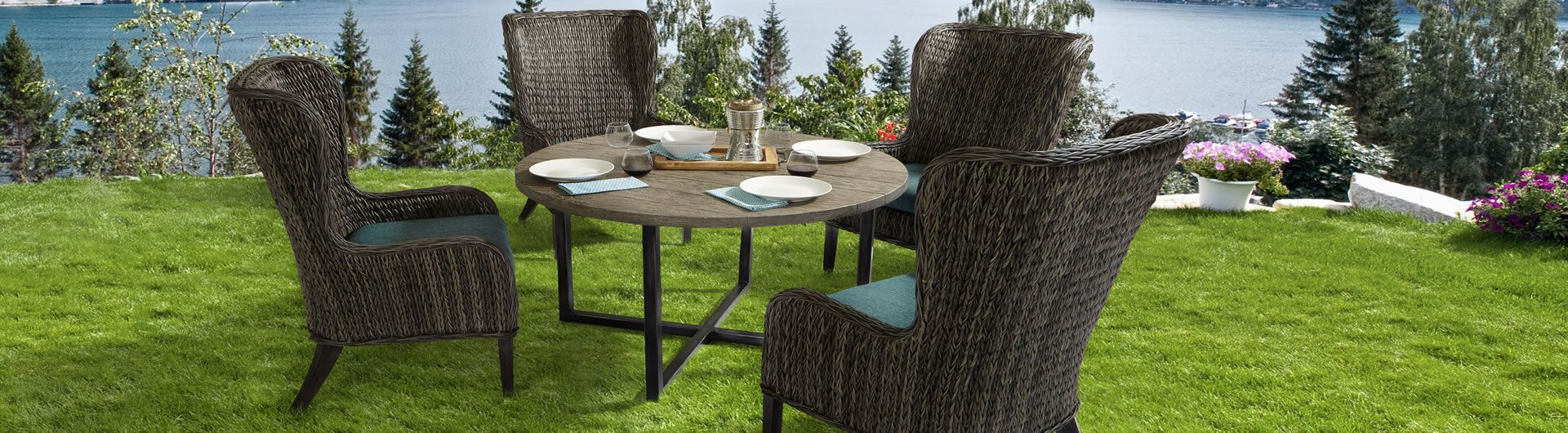 Belfort Dining Collection