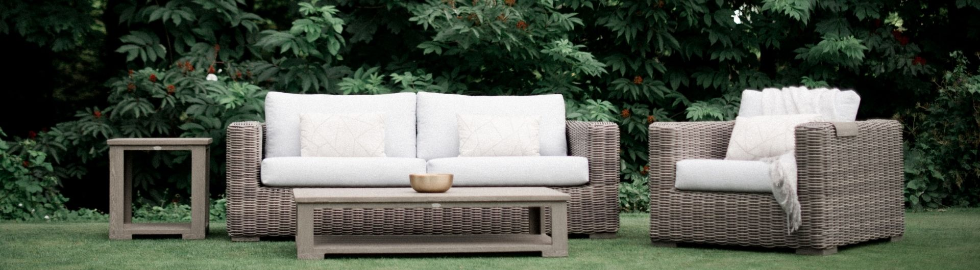 Cubo Lounging Collection