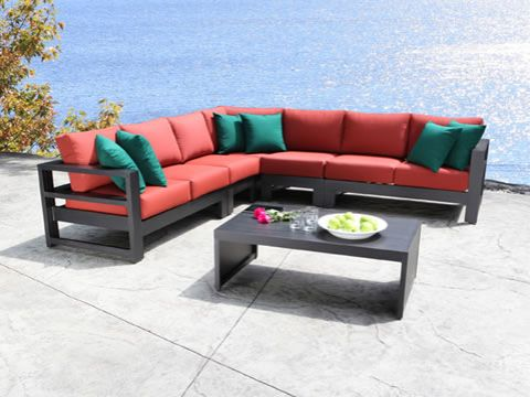 aura-sectional-collection