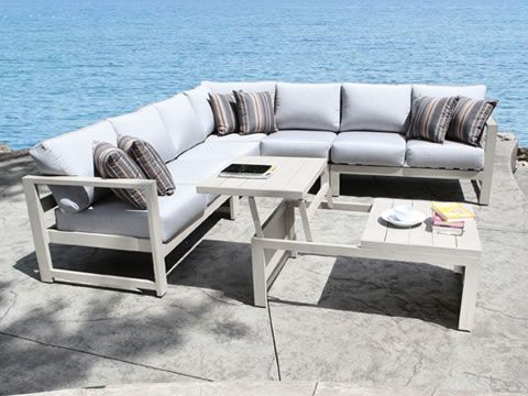 wynn-sectional-collection
